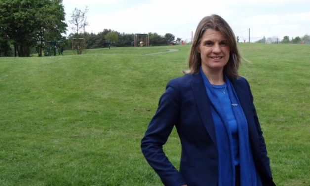Rachel Calls on Candidates to Sign Redditch Clean Campaign Pledge